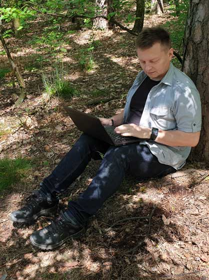 Leszek Buczak o mnie - pisanie w lesie